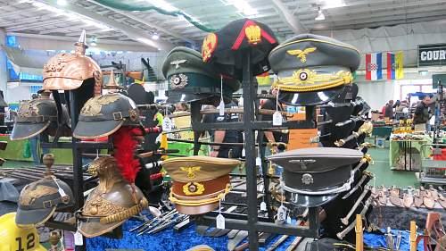 Click image for larger version.  Name:Militaria Fair Altona 2015 005.jpg Views:117 Size:248.6 KB ID:819092