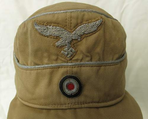 Click image for larger version.  Name:Luftwaffe tropical officer M41 cloth cap 003.jpg Views:507 Size:203.9 KB ID:830008