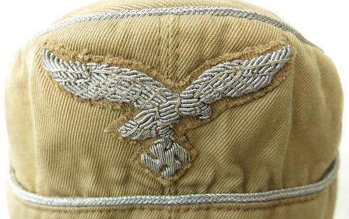 Click image for larger version.  Name:Luftwaffe tropical officer M41 cloth cap 004.jpg Views:101 Size:192.4 KB ID:830009