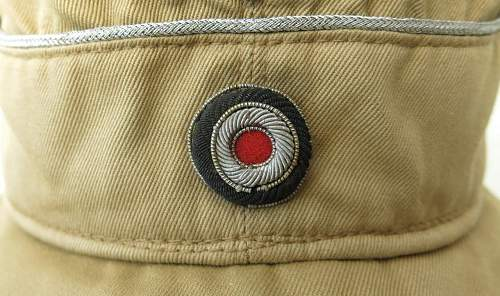 Click image for larger version.  Name:Luftwaffe tropical officer M41 cloth cap 005.jpg Views:43 Size:162.4 KB ID:830010