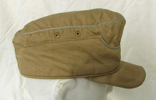 Click image for larger version.  Name:Luftwaffe tropical officer M41 cloth cap 008.jpg Views:29 Size:103.1 KB ID:830013