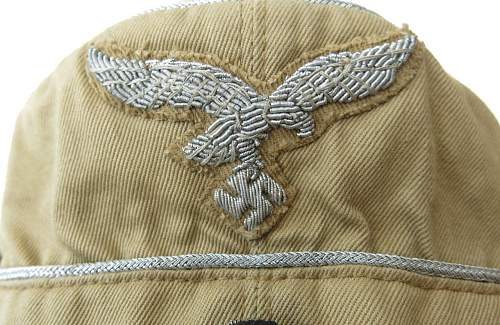 Click image for larger version.  Name:Luftwaffe tropical officer M41 cloth cap 026.jpg Views:37 Size:196.5 KB ID:830028