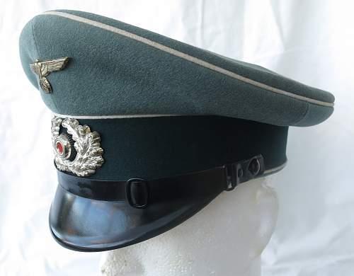 Click image for larger version.  Name:Erel 'standard' NCO - OR visor cap 003.jpg Views:41 Size:207.4 KB ID:840622