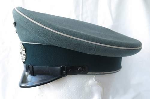 Heer Infantry NCO/OR's visor cap by Erel