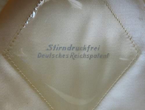 Click image for larger version.  Name:Luftwaffe flight section white top visor cap 008.jpg Views:21 Size:219.5 KB ID:842068