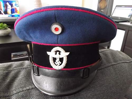 Feuerwehr visor with 1st. pattern police cap eagle