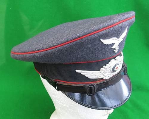 Click image for larger version.  Name:Luftwaffe Flak NCO Schirmmütze 005.jpg Views:28 Size:215.9 KB ID:879652