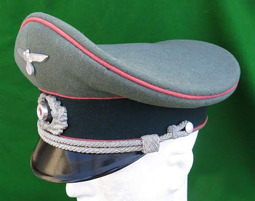 Click image for larger version.  Name:Heer Panzer Officer visor cap by HPC 006.jpg Views:121 Size:140.5 KB ID:892293