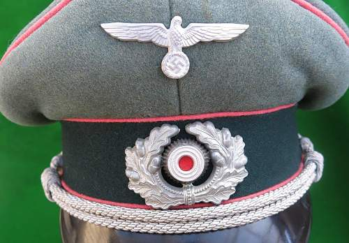 Click image for larger version.  Name:Heer Panzer Officer visor cap by HPC 009.jpg Views:112 Size:208.6 KB ID:892296