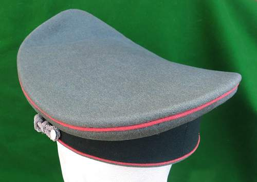 Click image for larger version.  Name:Heer Panzer Officer visor cap by HPC 011.jpg Views:81 Size:116.2 KB ID:892298