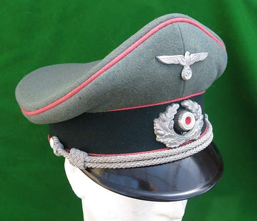 Click image for larger version.  Name:Heer Panzer Officer visor cap by HPC 012.jpg Views:92 Size:148.7 KB ID:892299