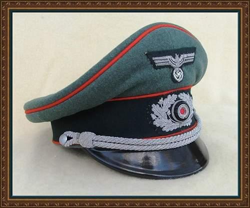 Click image for larger version.  Name:Heer Artillery visor...jpg Views:16 Size:207.7 KB ID:894705