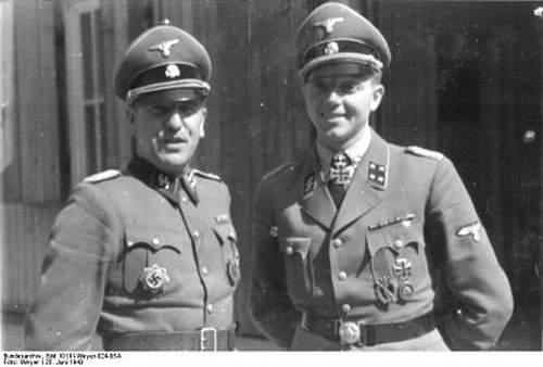 Click image for larger version.  Name:Bundesarchiv_Bild_101III-Weyer-024-05A,_Fritz_Klingenberg_(r.)_1.jpg Views:85 Size:70.3 KB ID:895895