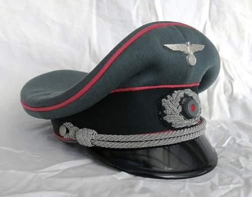 Click image for larger version.  Name:Panzer officer visor cap by Erel 001.jpg Views:248 Size:140.0 KB ID:907047