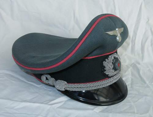 Click image for larger version.  Name:Panzer officer visor cap by Erel 015.jpg Views:106 Size:112.8 KB ID:907059