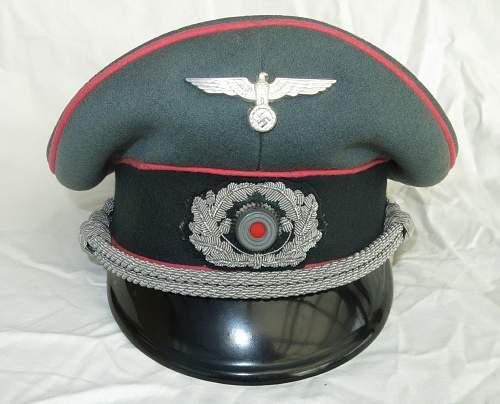 Click image for larger version.  Name:Panzer officer visor cap by Erel 016.jpg Views:50 Size:165.6 KB ID:907060