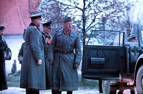 Click image for larger version.  Name:Field Marshal von Reichenau during the Russian Campaign, accompanied by Wehrmacht officers.jpg Views:105 Size:166.9 KB ID:915634