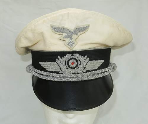 Click image for larger version.  Name:CW Luftwaffe Officer white top visor cap 003.jpg Views:141 Size:205.4 KB ID:915875