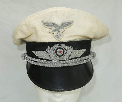 Click image for larger version.  Name:CW Luftwaffe Officer white top visor cap 003.jpg Views:60 Size:205.4 KB ID:915875
