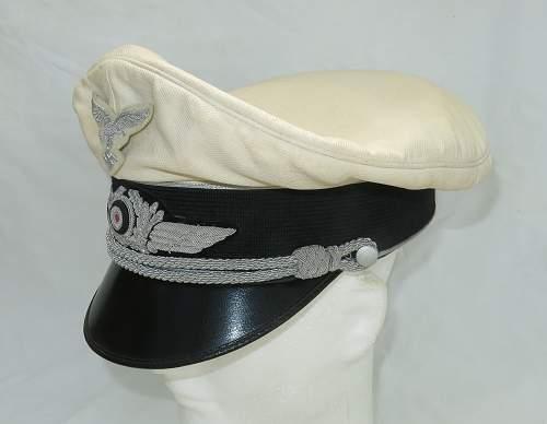Click image for larger version.  Name:CW Luftwaffe Officer white top visor cap 004.jpg Views:61 Size:205.6 KB ID:915876