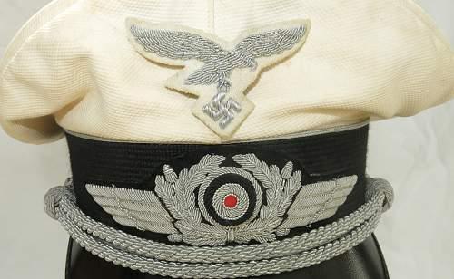 Click image for larger version.  Name:CW Luftwaffe Officer white top visor cap 007.jpg Views:40 Size:228.9 KB ID:915879