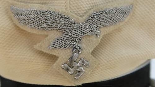 Click image for larger version.  Name:CW Luftwaffe Officer white top visor cap 010.jpg Views:32 Size:221.0 KB ID:915881