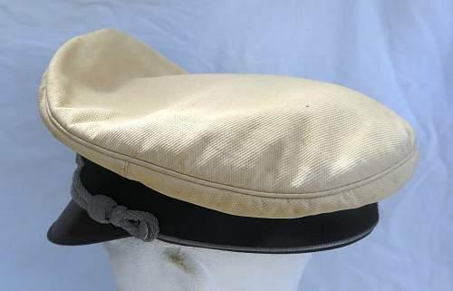 Click image for larger version.  Name:CW Luftwaffe Officer white top visor cap 011.jpg Views:24 Size:221.6 KB ID:915882
