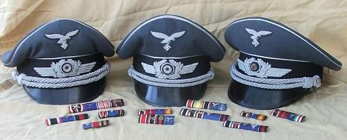 Click image for larger version.  Name:Luftwaffe officer blue top visor caps 001.jpg Views:50 Size:215.0 KB ID:940061