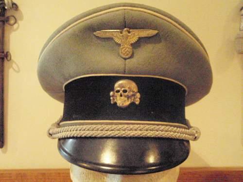 Click image for larger version.  Name:PEKURO GRAY SS OFFICER VISOR CAP 001.jpg Views:133 Size:162.7 KB ID:9555