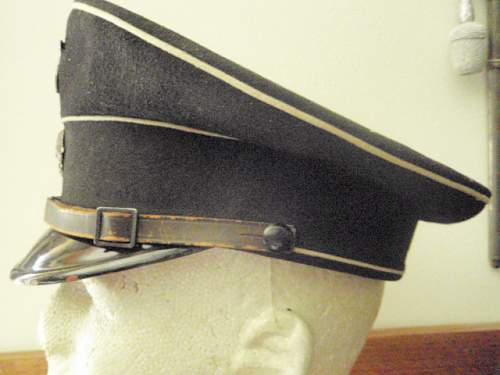 Click image for larger version.  Name:EARLY RZM SS BLACK VISOR CAP 002.jpg Views:116 Size:136.1 KB ID:9657