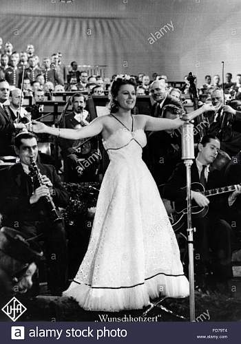 Click image for larger version.  Name:marika-roekk-in-the-film-wunschkonzert-1940-FD79T4.jpg Views:54 Size:148.3 KB ID:989250