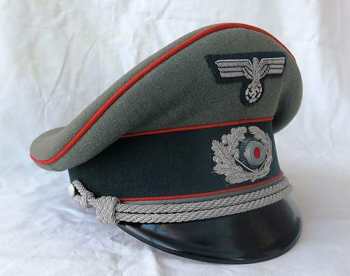 Click image for larger version.  Name:Artillery cap and tunic 002.jpg Views:23 Size:220.0 KB ID:989316