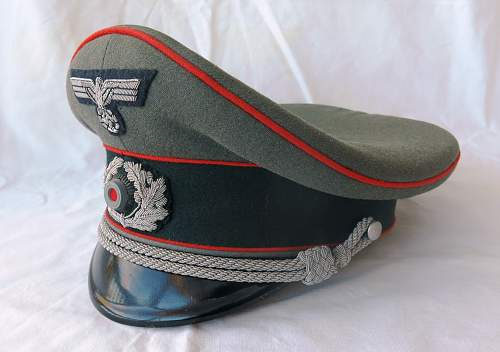 Click image for larger version.  Name:Artillery cap and tunic 006.jpg Views:21 Size:219.6 KB ID:989320