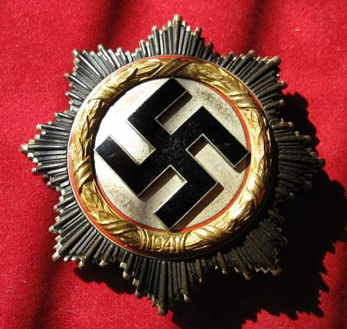 Click image for larger version.  Name:093 German Cross in gold.jpg Views:218 Size:83.5 KB ID:108734