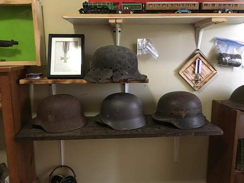 Stahlhelm display
