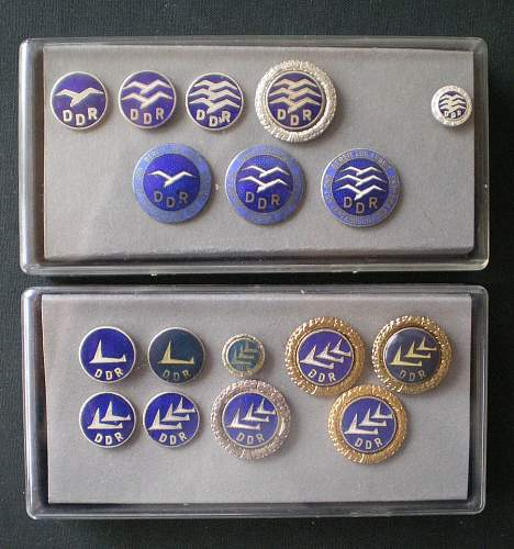 Storage/display idea for small badges