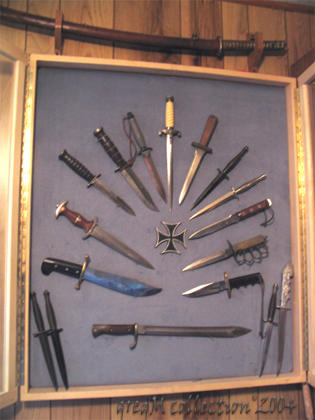 """A """"small"""" knives collection"""
