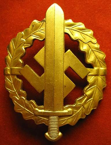 Click image for larger version.  Name:044 SA SPORTS BADGE Gold Type 3.jpg Views:300 Size:248.0 KB ID:141070