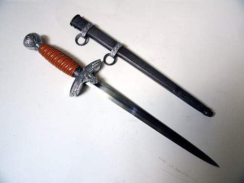 Click image for larger version.  Name:Luftwaffe Dagger 2nd model WKC Solingen.jpg Views:295 Size:62.7 KB ID:151342
