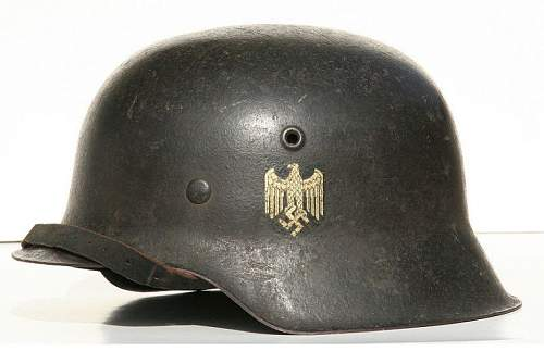 Click image for larger version.  Name:007 WWII-German-M42-ET64-Army-Helmet c.jpg Views:1951 Size:63.5 KB ID:185640