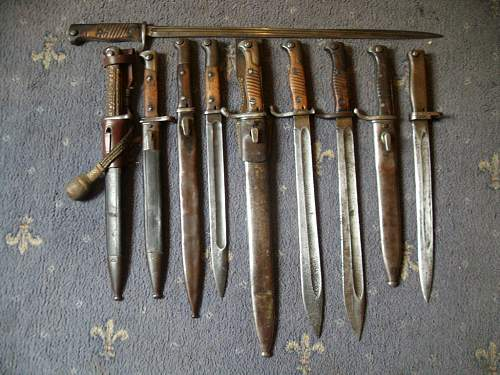 Click image for larger version.  Name:german bayonets 007.jpg Views:333 Size:108.4 KB ID:203117