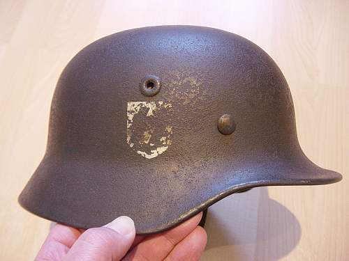Click image for larger version.  Name:Waffen SS M40 steel helmet 003.jpg Views:186 Size:252.8 KB ID:260523