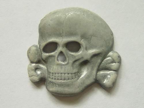 Click image for larger version.  Name:SS-cap-skull.-3-prong-zinc.jpg Views:60 Size:110.1 KB ID:260552
