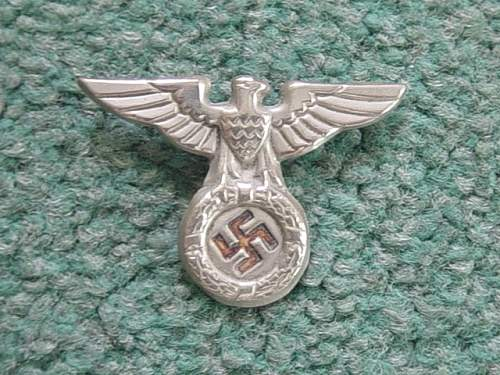 Click image for larger version.  Name:NSDAP cap eagle.jpg Views:87 Size:153.5 KB ID:260568