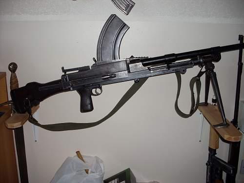 Click image for larger version.  Name:gun rack 005.jpg Views:200 Size:52.5 KB ID:272027