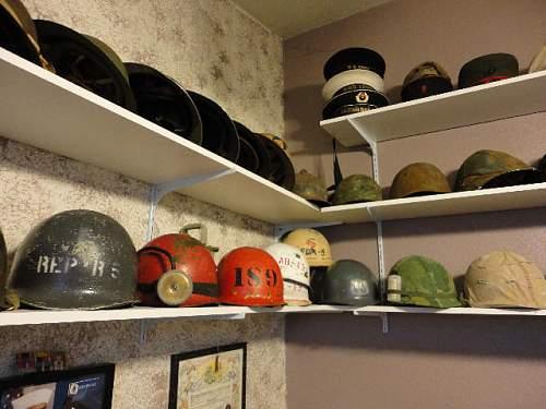 Click image for larger version.  Name:HelmetShelf03.jpg Views:52 Size:57.4 KB ID:284274