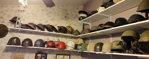 Click image for larger version.  Name:HelmetShelf06.jpg Views:167 Size:35.9 KB ID:284275