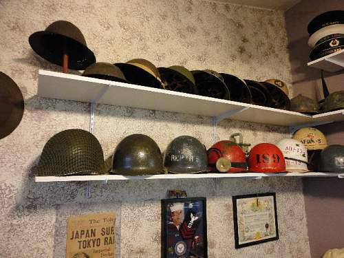 Click image for larger version.  Name:HelmetShelf01.jpg Views:124 Size:68.1 KB ID:284277