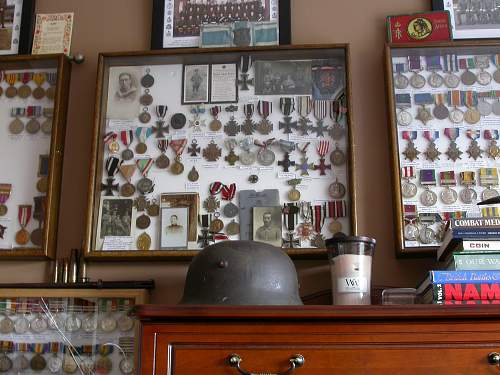 Medal collection: Third Reich, Imperial, Irish, World etc.