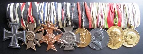 Click image for larger version.  Name:181 8 pce Bavarian medal bar.JPG Views:211 Size:137.9 KB ID:328334